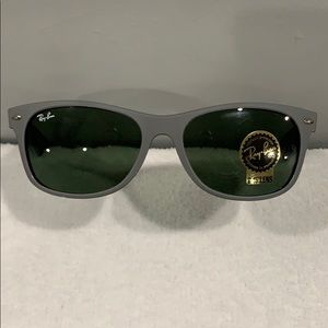 Ray ban Sunglasses Model RB2132  NWT